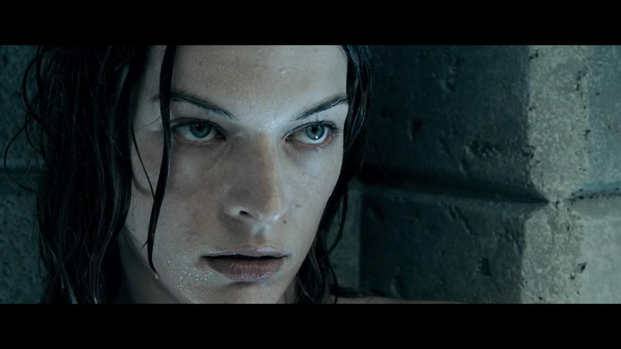 Обитель зла 2: Апокалипсис / Resident Evil: Apocalypse (2004) BDRip 720p